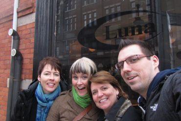 To the Luna Cafe 1