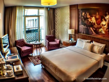 Why is the Neorion TripAdvisors #1 hotel in Istanbul? 3