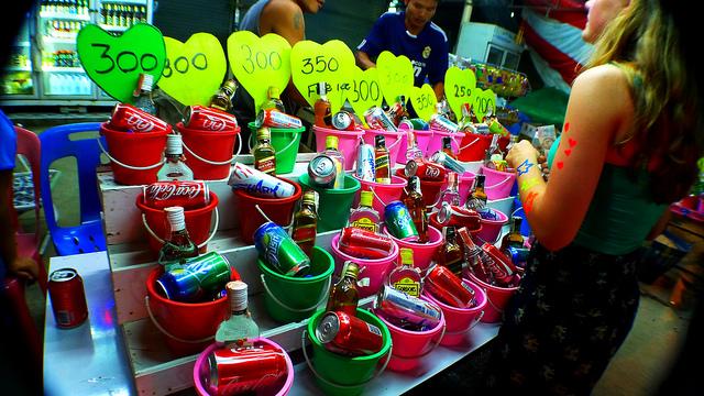 Full Moon Party Buckets -  Roslyn via Flickr CC
