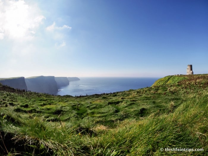 walk along the Cliffs of Moher