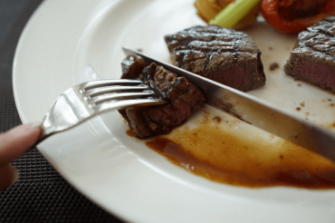 Airlines Are (Finally) Offering High-End Food