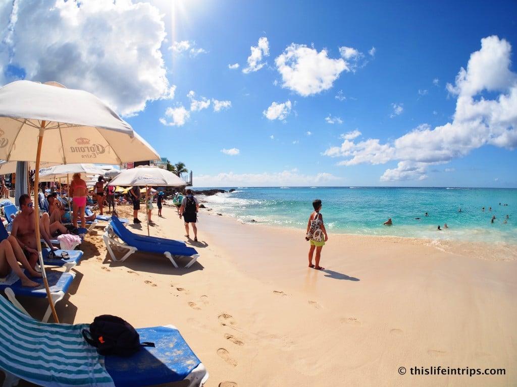 Visiting Maho Beach