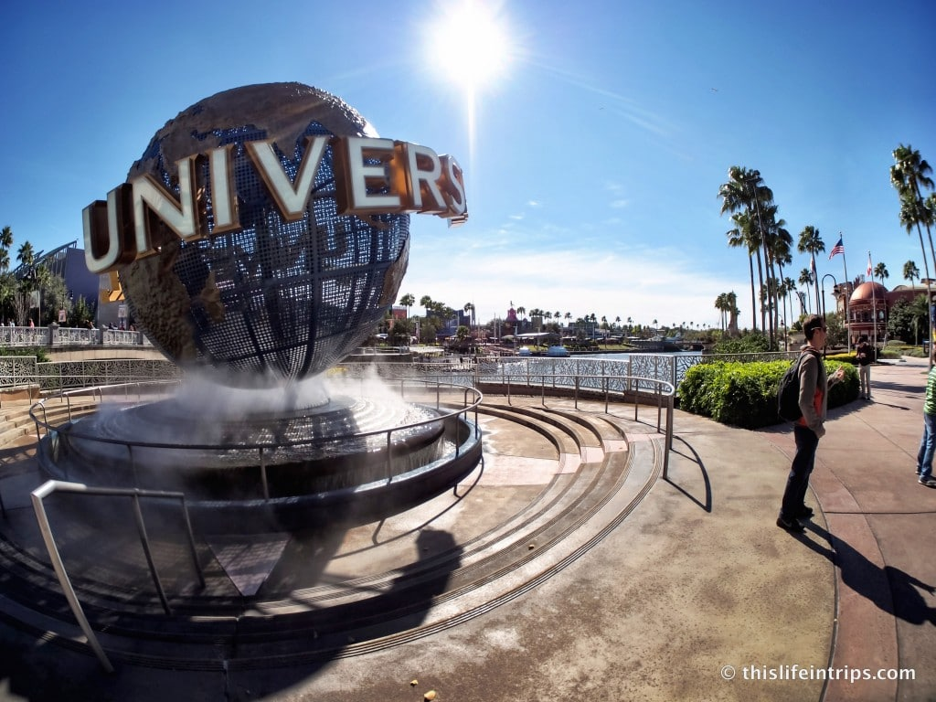 Walk around Universal Studios