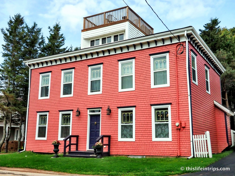 Visiting Prince Edward Island highlights - Victoria