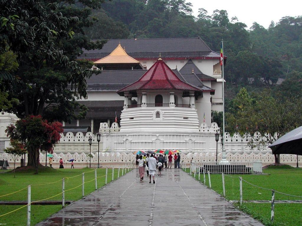 Interesting Places to Visit in Kandy, Sri Lanka