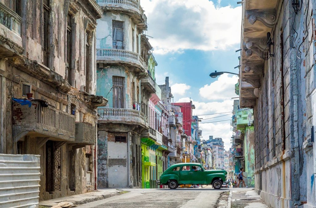 3 Reasons to Visit Cuba Now Before It Changes Forever