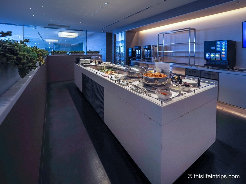 Review: ANA Business Class Lounge - Haneda, Tokyo
