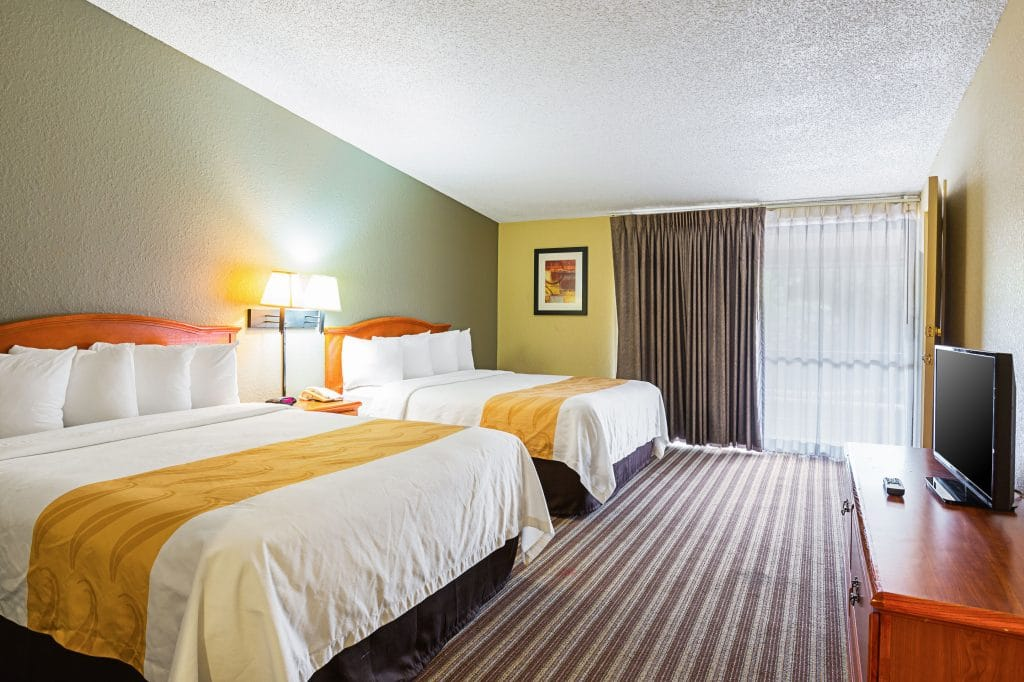 Best Hotels for Visiting Texas on a Budget