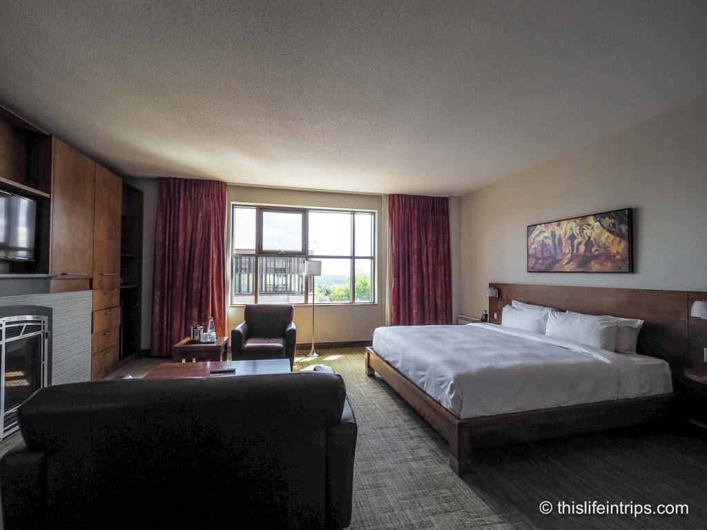 Hotel Château Laurier Review