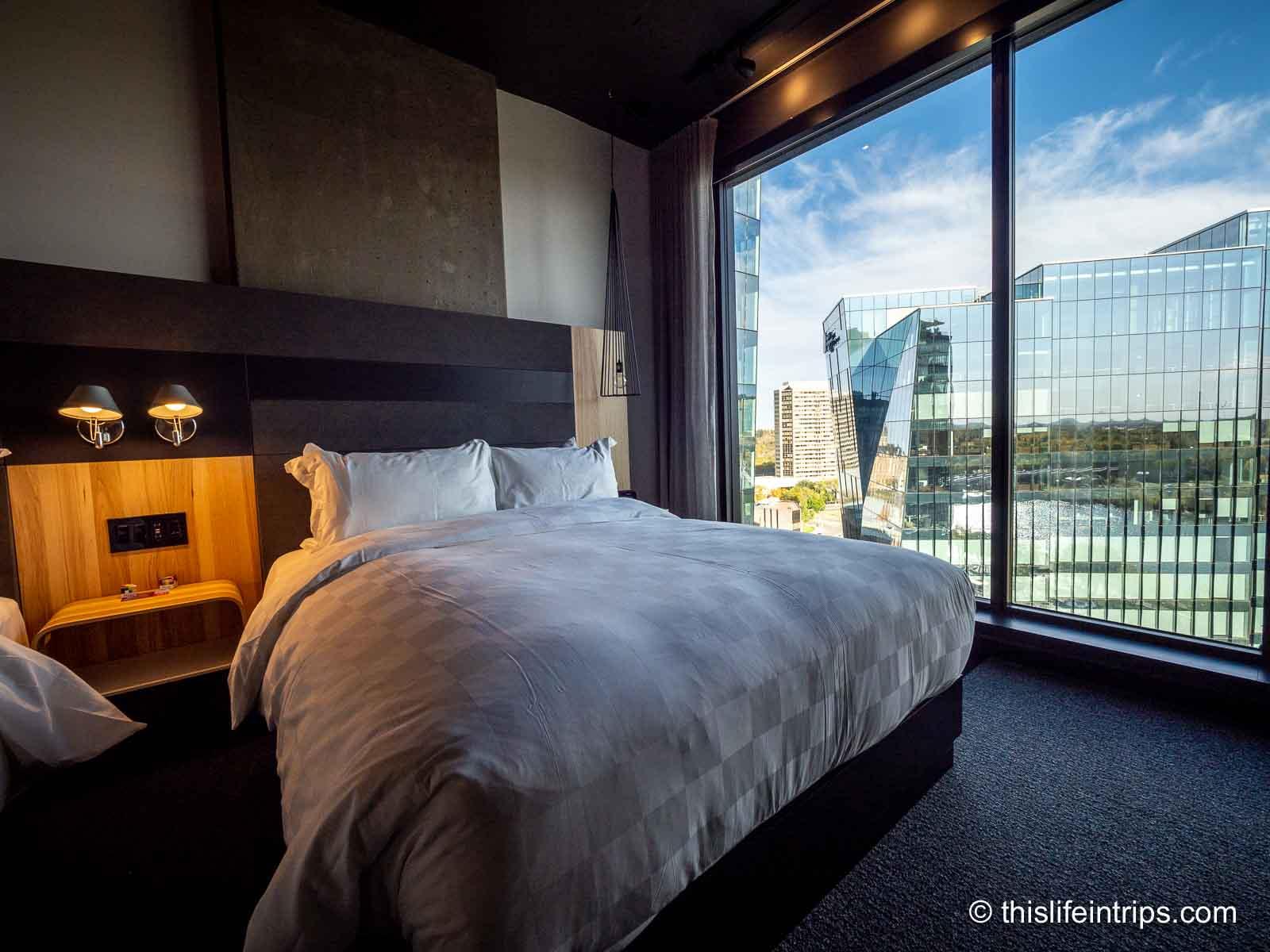 Alt Hotel Saskatoon Review – Sundown in the Paris of the Prairies